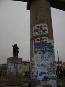 Monumento a la Mujer - Villa El Salvador